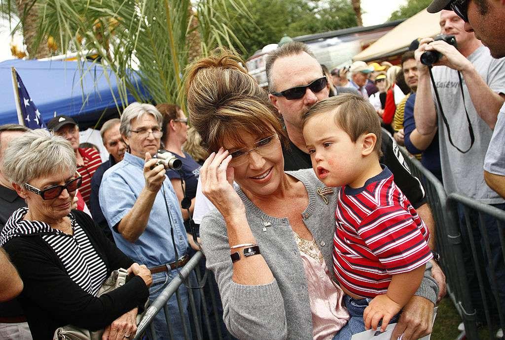 Sarah Palin holding son Trig Palin