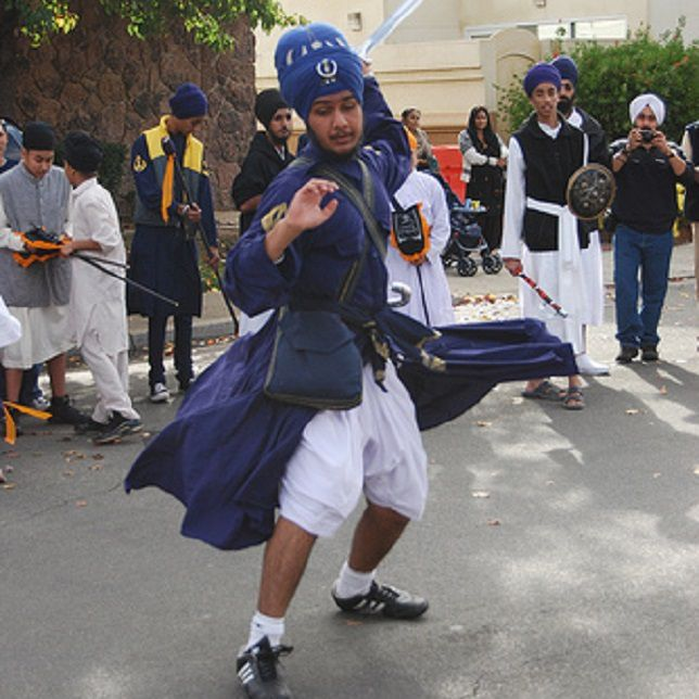 Chola and Kachhera Worn in Gatka Demonstration