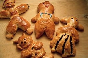 Four funny Bread Figures