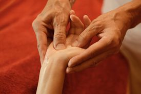 Hand massage reflexology
