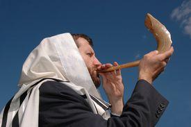 Man blowing the Shofar