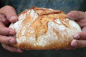 Lent bread