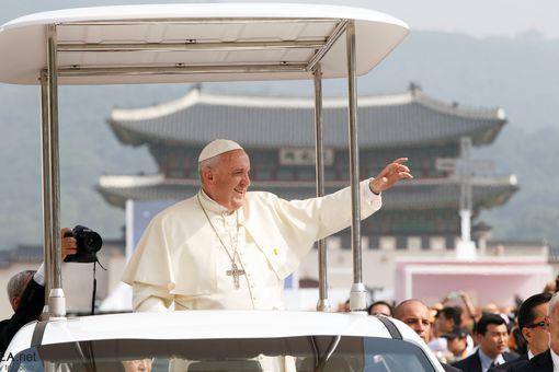 Pope Francis in Korea in 2014