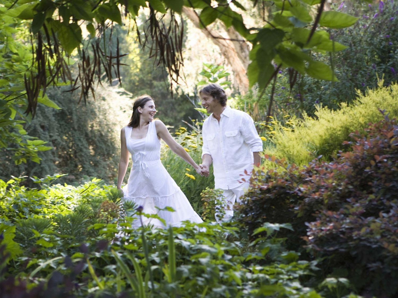 Handfastings and Pagan Weddings