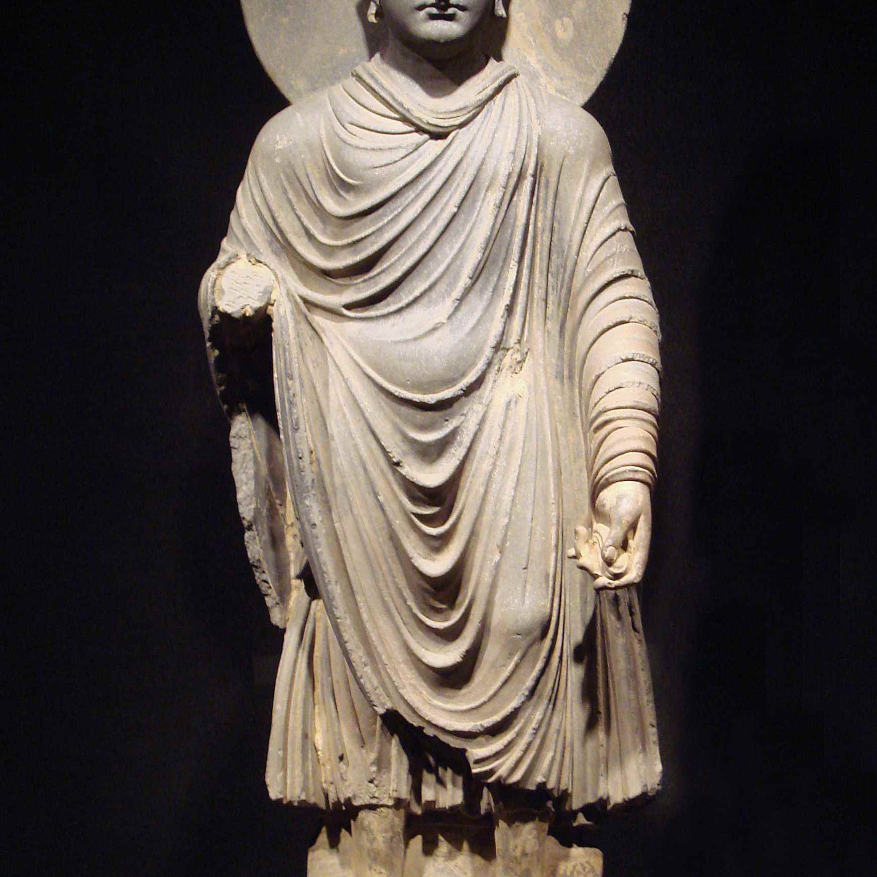 Gandhara_Buddha_-tnm.jpeg