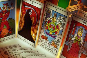 Tarot card display