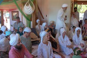 3HO Yogis and Sikhs
