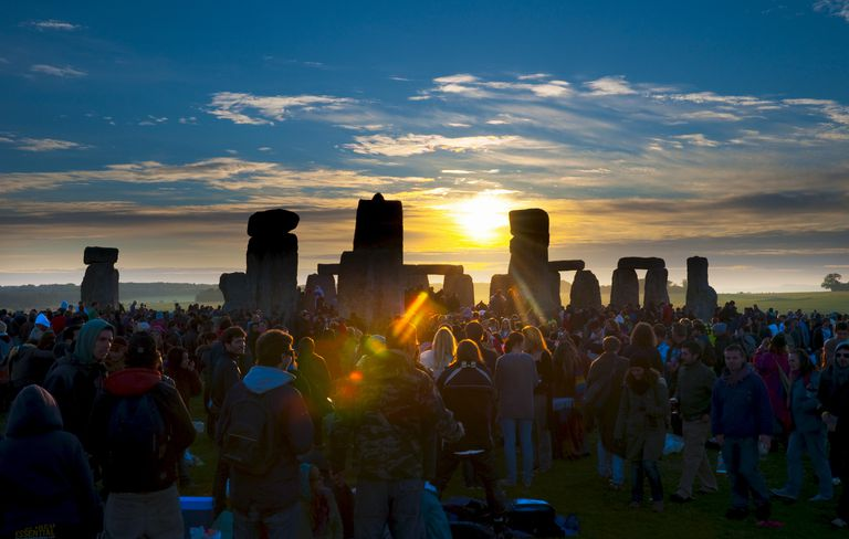 Sunrise at Litha, Stonehenge