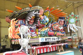 Amaterasu in her cave (Nebuta Float, Aomori province 2016)