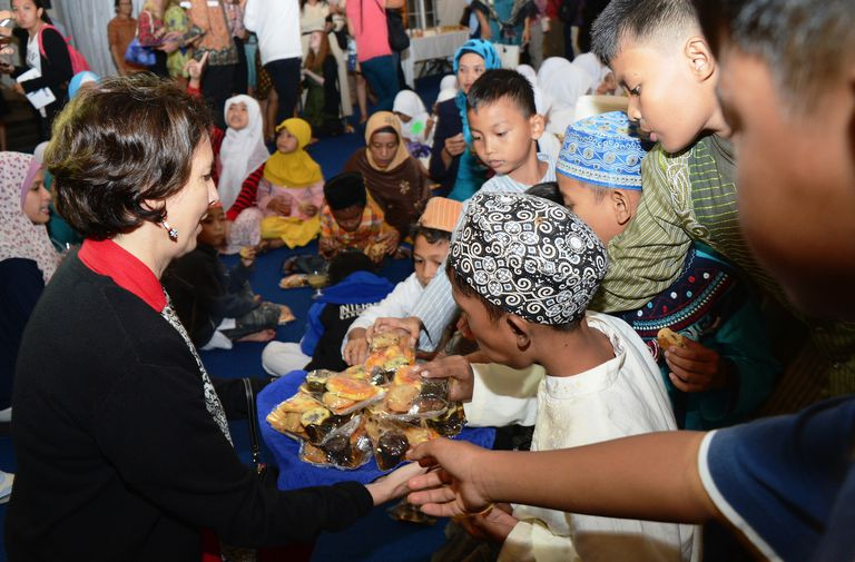 Breaking Ramadan Fast with Disadvantaged Youth