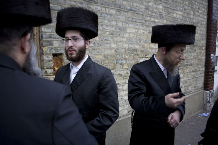 UK - London - Passover in the Hasidic Jewish community