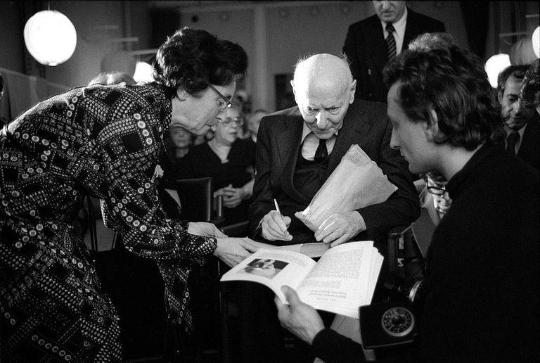 Jewish Nobel Prize prize winner Isaac Bashevis Singer in 1978
