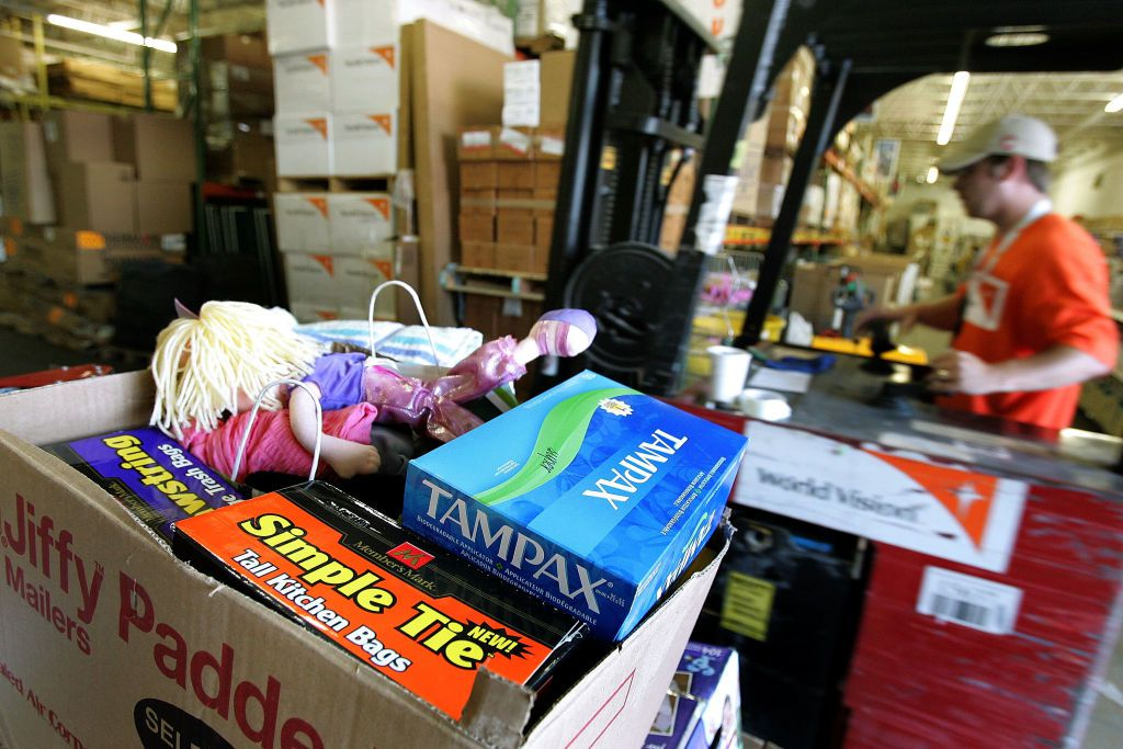 World Vision Collects Supplies For Katrina Relief