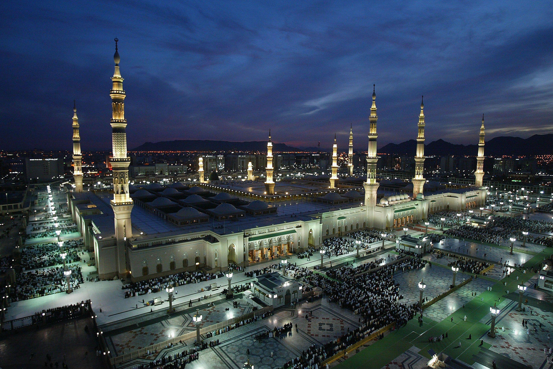 Madinah, Saudi Arabia Visitor's Guide, Sites, and History