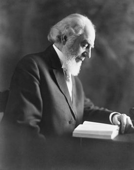 Founder of Jehovah's Witnesses Charles Taze Russell