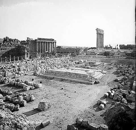 Baalbek Grand Court: Transforming the Baalbek Temple Site into a Christian Basilica