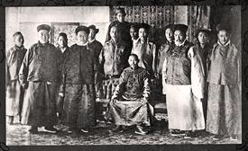 13th Dalai Lama (seated)