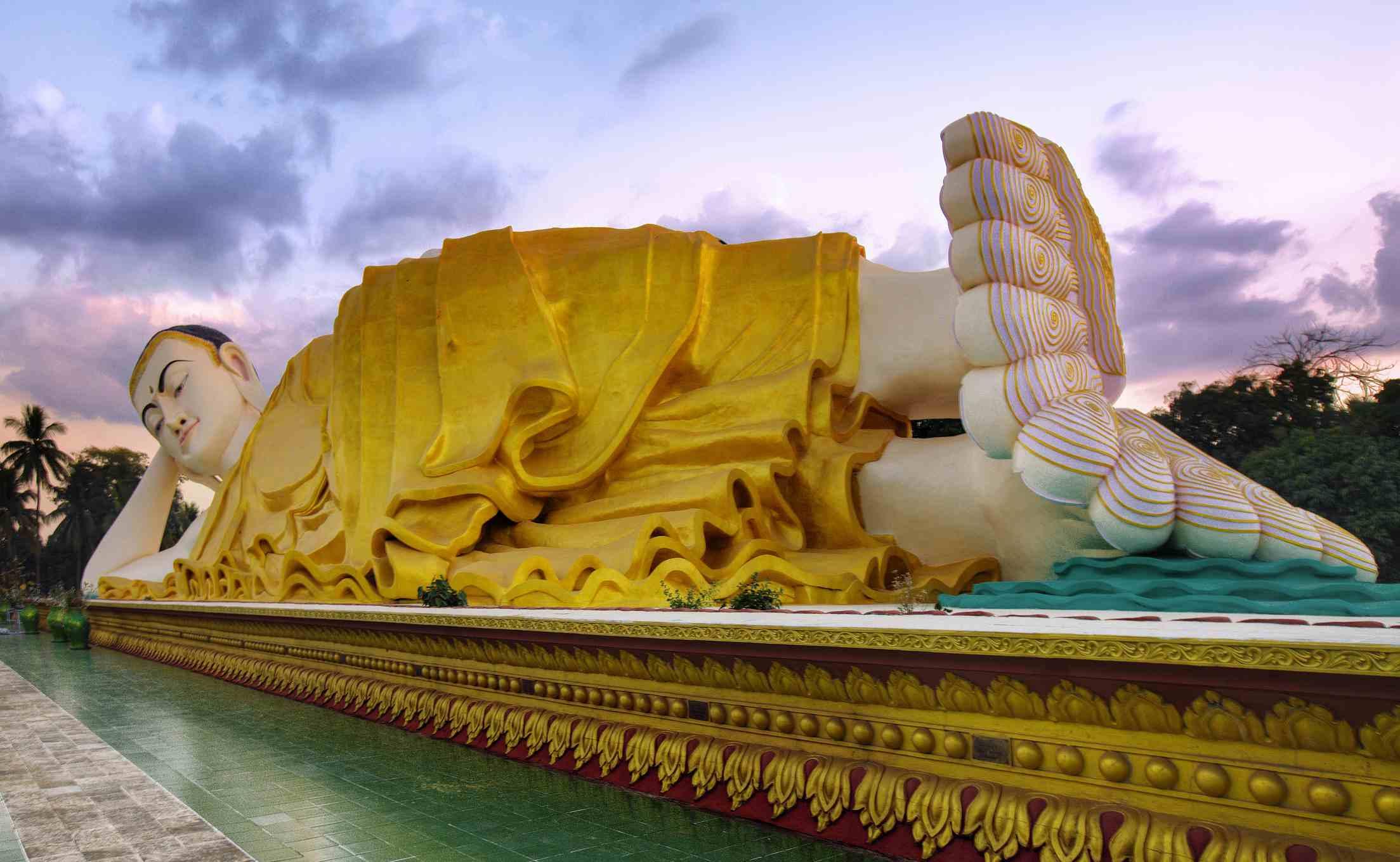 reclining Buddha in Burma