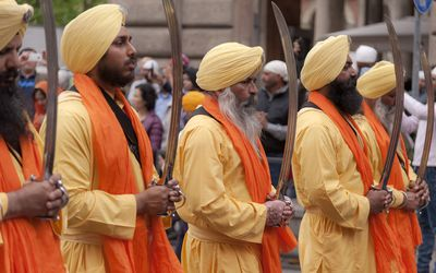 Yuba City Annual Sikh Parade Illustrated - Illustrated Yuba
