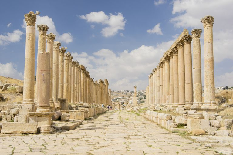 Ruined Roman city and roadway