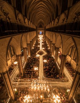 A crowd celebrating Advent in Salisbury Cathedral