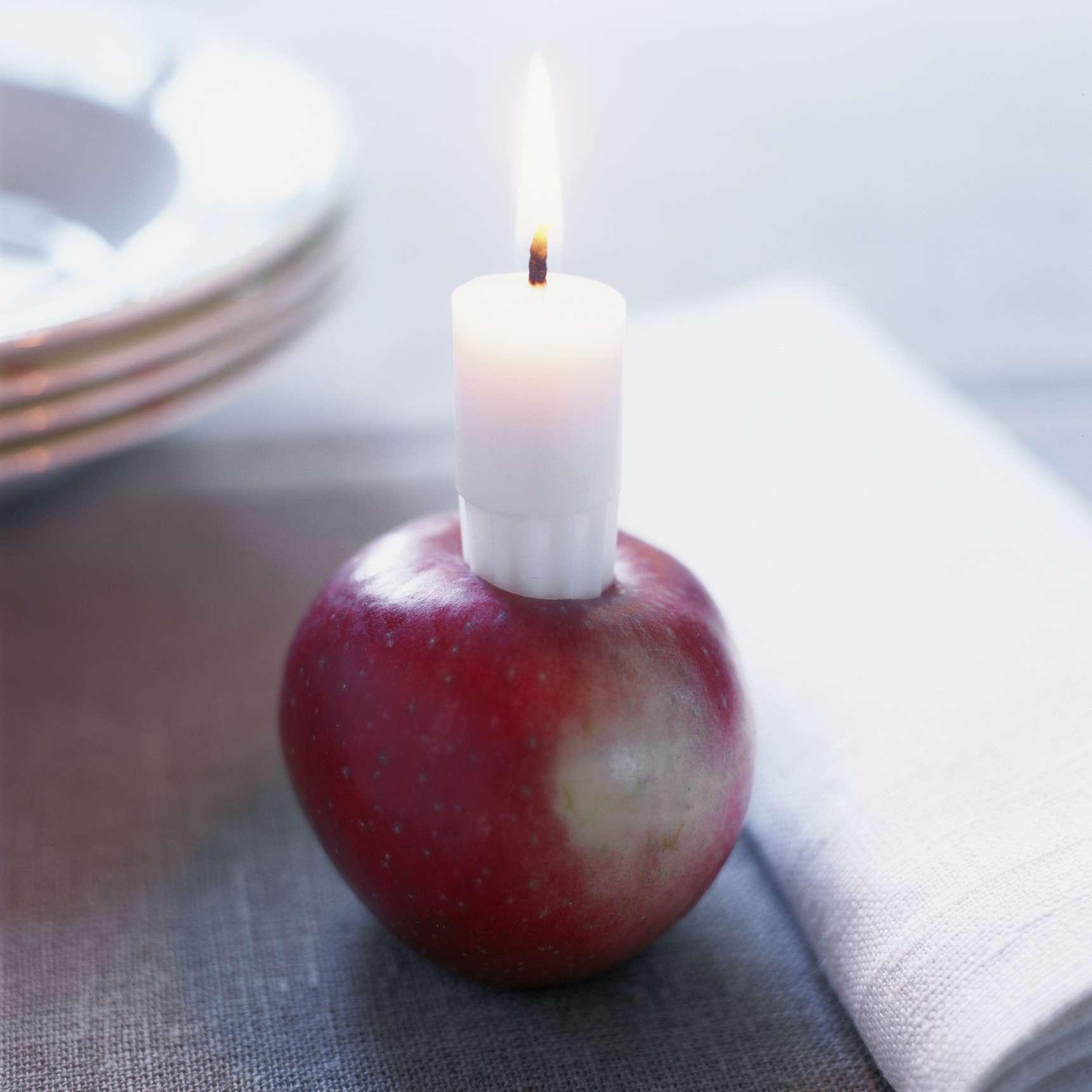 Apple candleholder