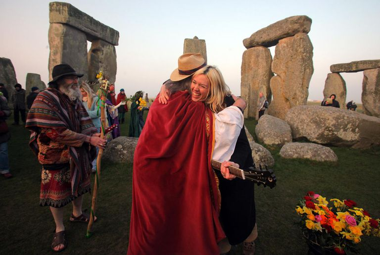 Druids Celebrate Spring Equinox At Stonehenge
