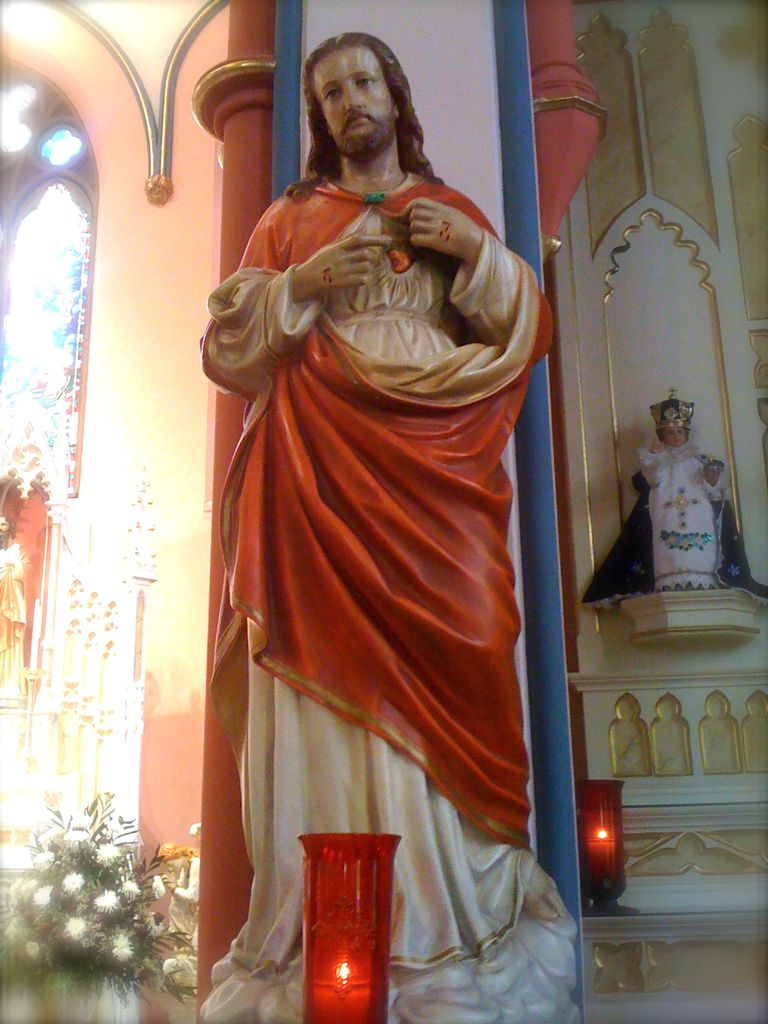 Sacred Heart of Jesus statue next to right side altar in St. Mary's Oratory, Rockford, Illinois.
