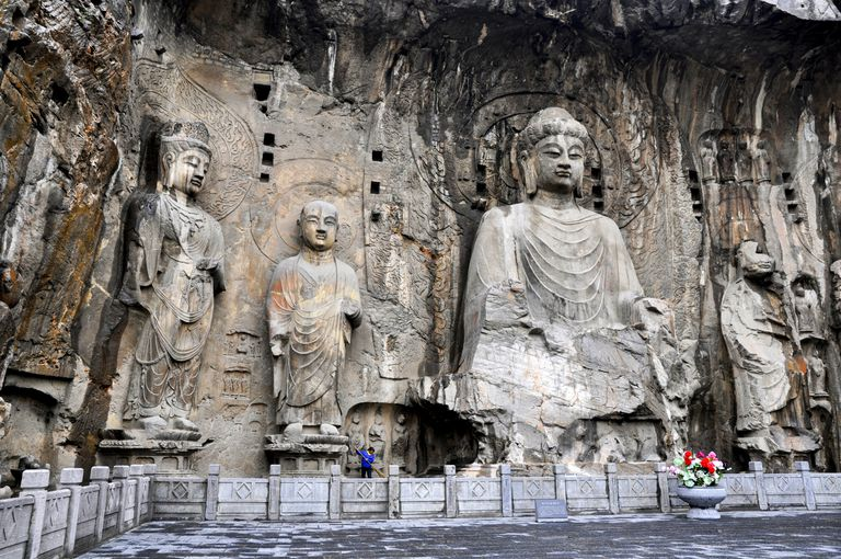 The statues of longmen vairocana