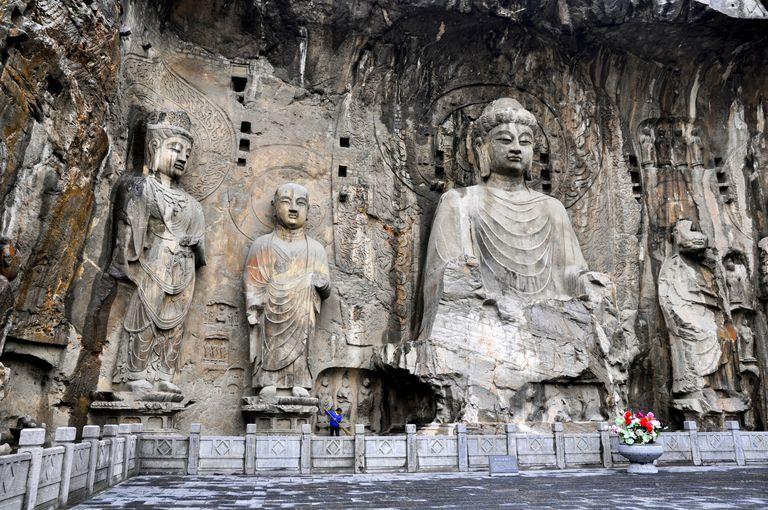 The statues of longmen vairocana