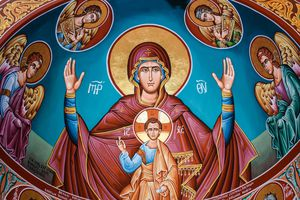 Virgin Mary and child iconography