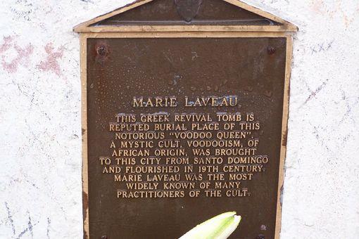 Marie Laveau headstone