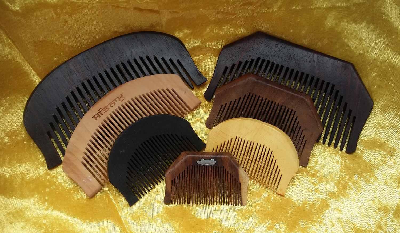 Kanga Wooden Comb
