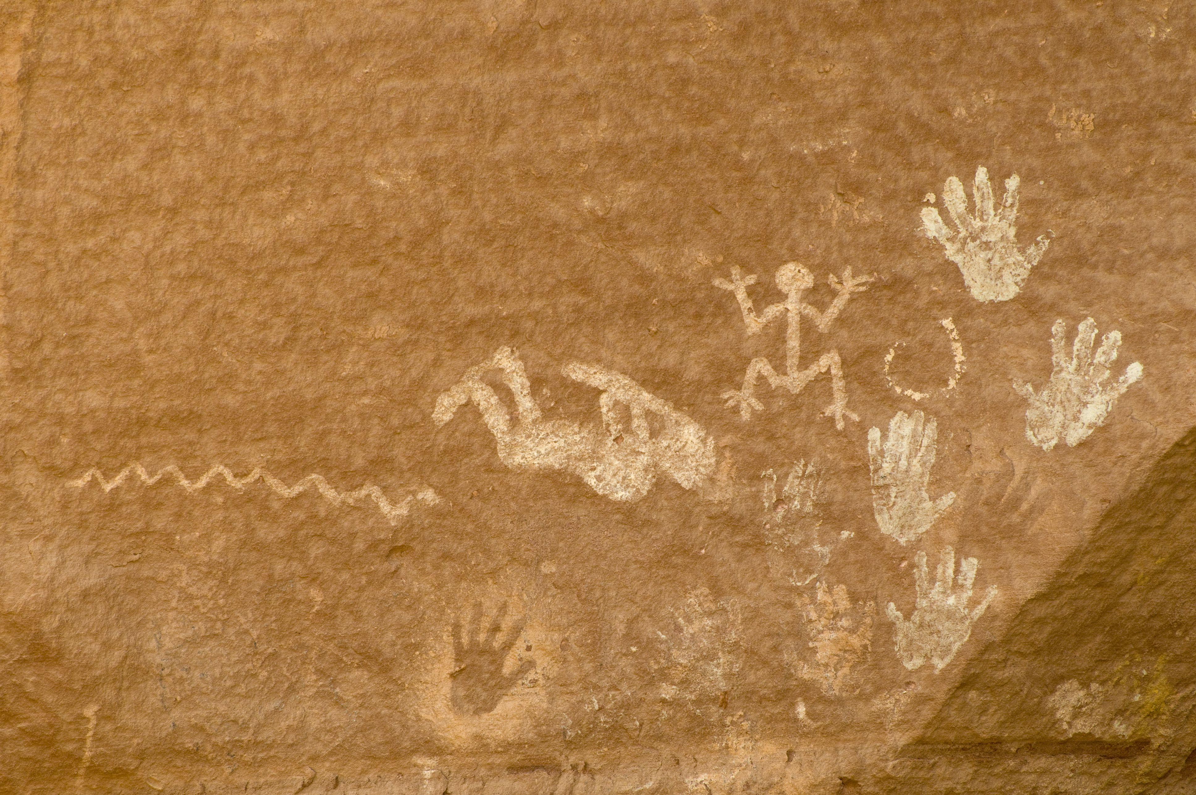 Kokopelli pictograph