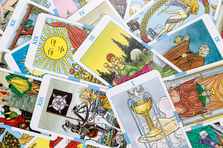 Tarot Card Layouts and Spreads