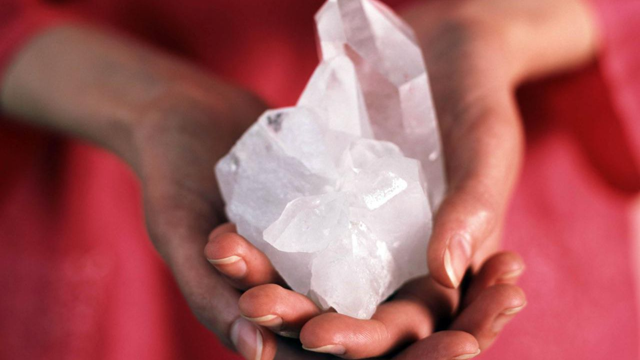 How to Clear and Cleanse Crystals and Gemstones