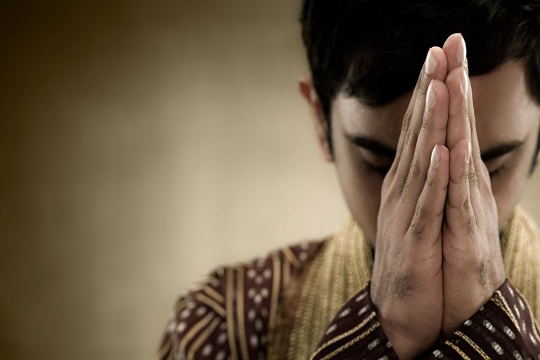 5 Hindu Prayers For All Occasions