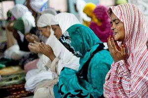 Bangladeshi Muslims Celebrate Eid Al-Adha