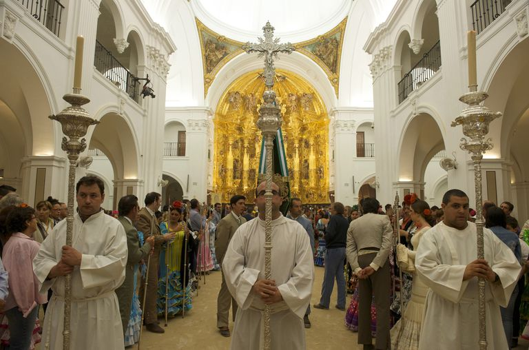 Spain, Andalusia, Sevilla region, El Rocio pilgrimage (Pentecost), Procession during the night from Sunday till Monday