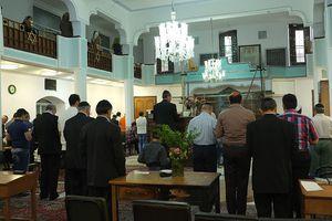 Men praying the maariv service in Judaism.