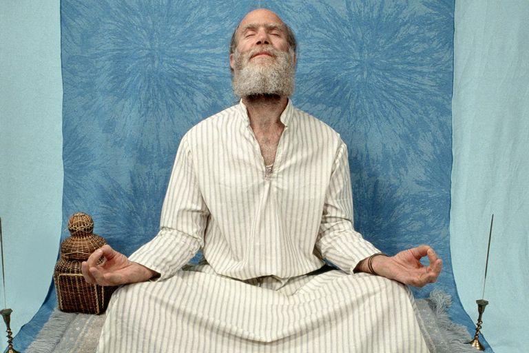 The 10 Yamas & Niyamas of Hinduism